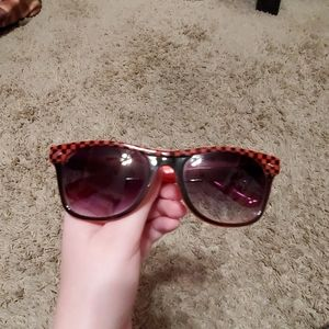 Red checkered Sunglasses